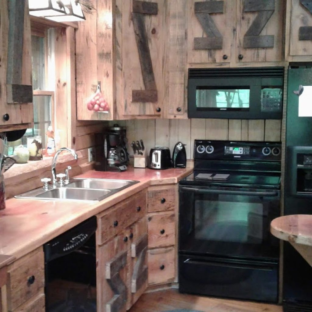 Well-appointed kitchen—complete
