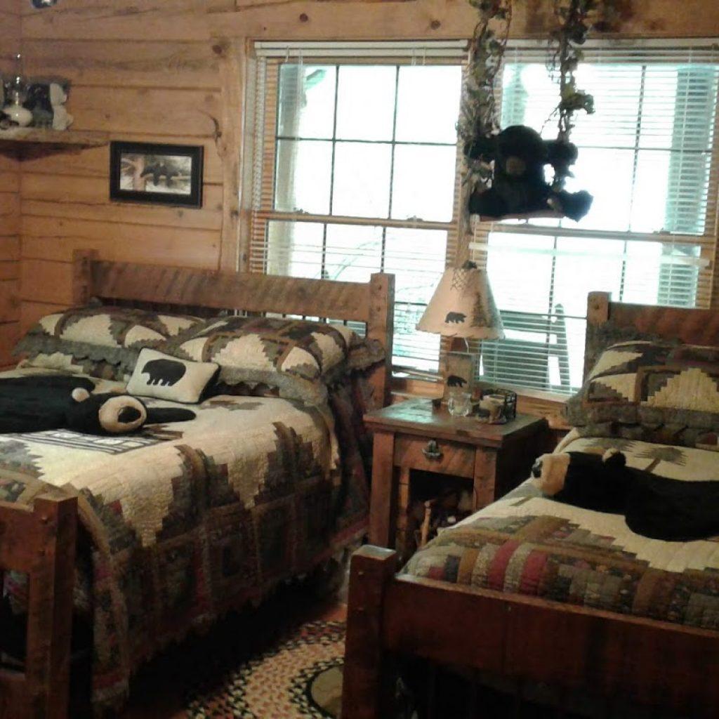 """Bear Room"" for sleeping 4"